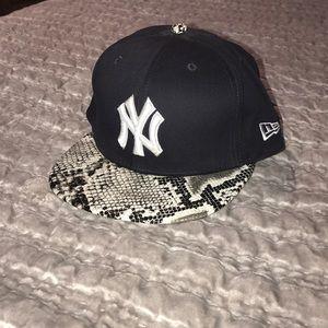 Used New Era NY Yankees Snakeskin Snapback 9fifty